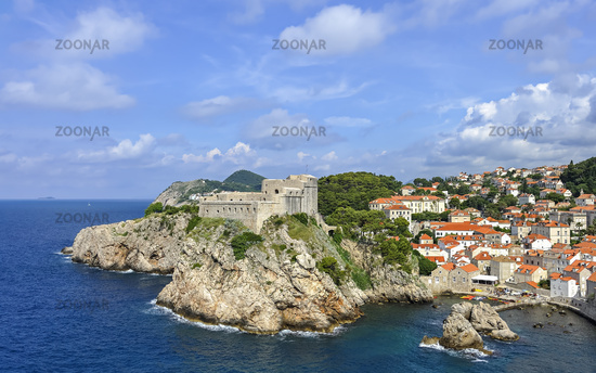 Lovrijenac fortress in Dubrovnik with old town