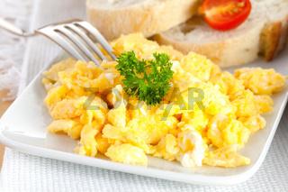 Ruehrei mit Brot / scrambled eggs with bread