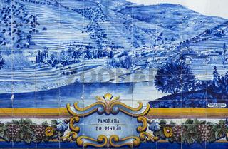 Historische Keramikkachel mit Motiv aus der Douro Region, Pinhao, Douro Tal, Portugal