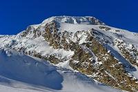 Der schneebedeckte Gipfel Alphubel