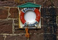 Rettungsring im Fischerhafen Pennan