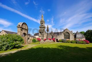 Plomodiern Sainte-Marie du Menez Hom in der Bretagne, Frankreich - Plomodiern Sainte-Marie du Menez Hom in Brittany, France