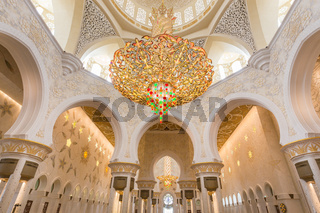 Interior of Sheikh Zayed Grand Mosque, Abu Dhabi, United Arab Emirates.