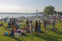 Barbecue at the Outer Alster, Hamburg, Germany, Europe