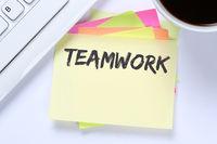 Teamwork Team zusammen arbeiten Business Arbeit Erfolg Schreibtisch