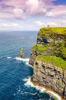 Cliffs of Moher Klippen Irland Reise Meer Natur Hochformat Ozean