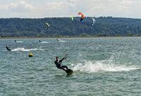 Kitesurfer auf dem Bielersee