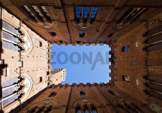 Inner Square of Palazzo Pubblico