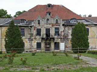 Ruine von Schloss Lehndorff in Steinort