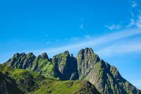 Berge auf den Lofoten in Norwegen