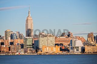 Empire State Building in New York und Skyline