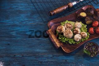 Grilled mushrooms champignons