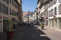 Colmar, Pedestrianized Rue des Clefs