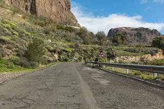 Kaputte Straße in Gran Canaria