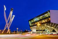 Porsche Museum Stuttgart bei Nacht Deutschland Kunst Kunstwerk Architektur Textfreiraum