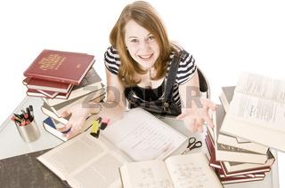 Schülerin bei Hausaufgaben