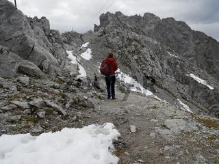 Wandern in der Nordkette (Hafelekar) hoch über Innsbruck,Tirol,Österreich
