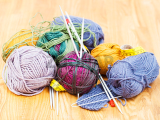 hand knitting instruments and wool yarns