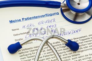 Patientenverfügung und Stethoskop