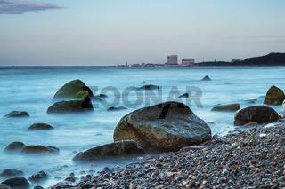 Steine an der Ostseeküste bei Warnemünde
