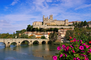 Beziers Kathedrale - Cathedral and  the River Orb in Beziers, France
