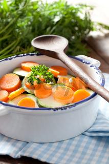 Möhren und Zucchini