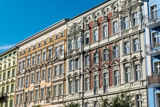 Hübsche restaurierte Altbauhäuser in Berlin