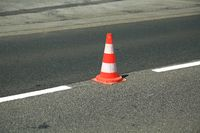 Traffic cone and guideline