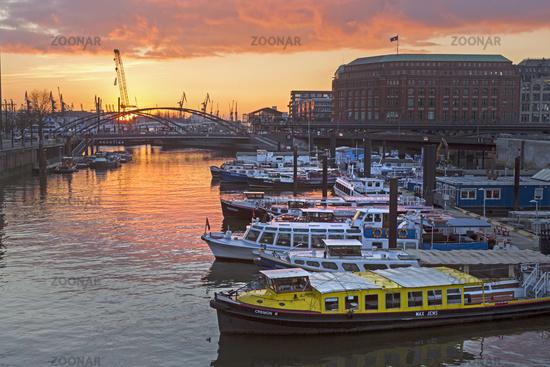 Hamburg harbour at sunset, Hamburg, Germany, Europe