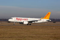 Pegasus Airlines Airbus A320neo Flugzeug Flughafen Stuttgart