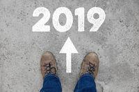 Neujahr und Silvester 2019 als Richtung