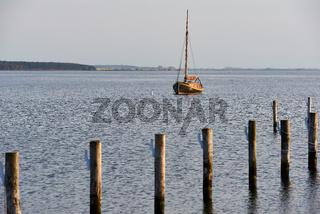 Segelboot vor Anker