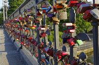 Love lock, Schwanenwikbridge handrail, Outer Alster, Hamburg, Germany, Europe