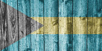 Fahne von Bahamas auf verwittertem Holz - Flag of Bahamas on weathered wood