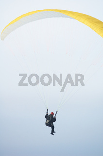 Parachute fly