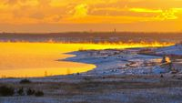 Grossraeschen See Sonnenaufgang im Winter - Grossraeschen lake sunrise in winter, Lusatian Lake District
