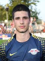 Elias Abouchabaka  ( RB Leipzig)