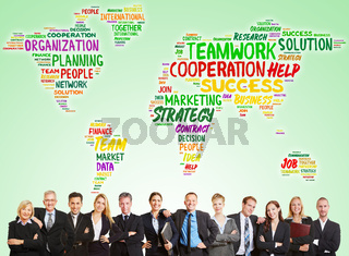 Business Consulting Team vor Welt