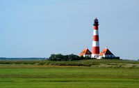 Lighthouse white an red