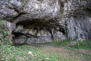 Hrustovacka Höhle, Bosnien