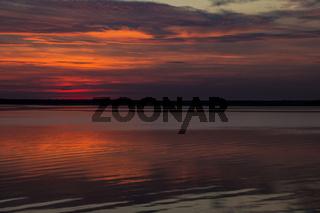Nach Sonnenuntergang am Bodden, Nationalpark Vorpommersche Boddenlandschaft, September