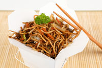 Asiatische Nudeln