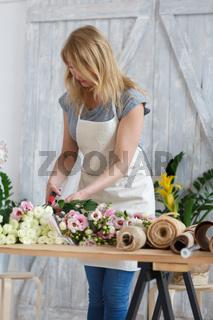 Image of blonde florist girl