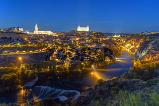 Die Altstadt von Toledo bei Nacht