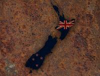 Karte und Flagge von Neuseeland auf rostigem Metall - Map and flag of New Zealand on rusty metal