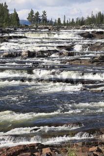 Wasserfall Trappstepforsen in Härjedalen in Schweden