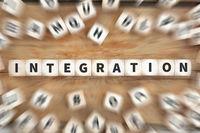 Integration Ausländer Flüchtlinge Asylanten Flüchtling Würfel Business Konzept
