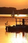 Segelboote im Sonnenuntergang