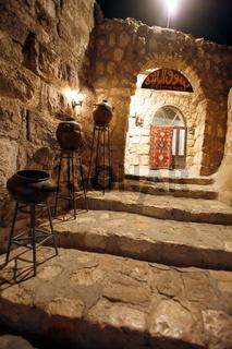 Das Restaurannt Kan Zaman ausserhalb  der Jordanieschen Hauptstadt Amman