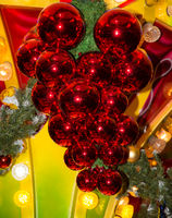 Sparkling christmas tree baubles